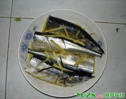 清蒸秋刀鱼