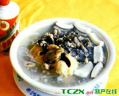 琼中椰子鸡蛇煲