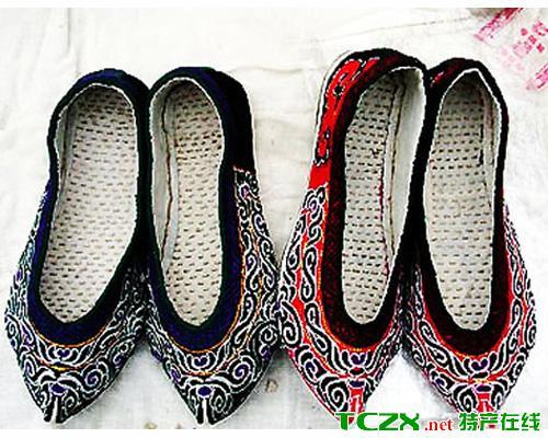 水族绣花鞋