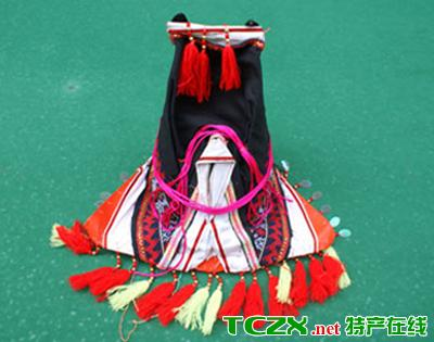 瑶族三角帽