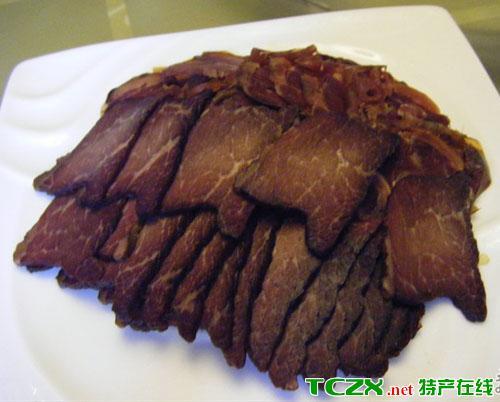 阿克陶熏马肉