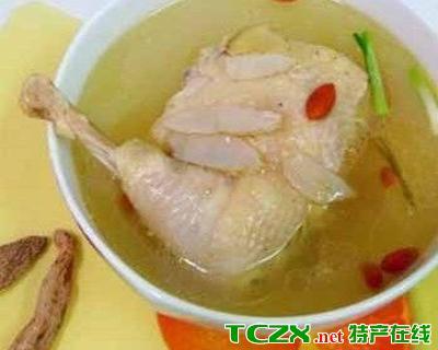 盐津酸辣鸡枞汤