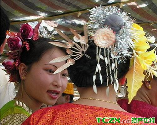 傣族少女头饰